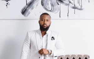 Cassper Voted Most Influential Young SA Entertainer! Casspers year keeps getting better and better by the day.Since the year started the rapper has been racking awards for different reasons. He has been voted the most influential young SA in entertainment.  Shout out to the fans for voting. I love yall. Lets keep the vibes positive. More smash hits on the way!!! said Cassper. He thanked his fans for voting for him and promised to bring more music in a tweet he posted recently.  He was going…