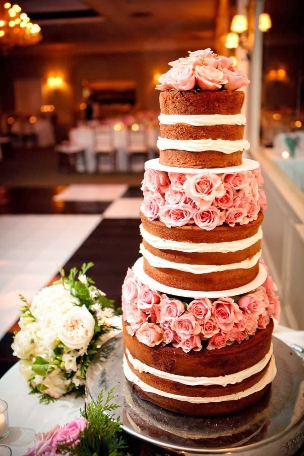 Now Trending: Naked Wedding Cakes