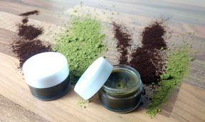 Creme gegen Augenringe selber machen – Kaffee Salbe mit einem Hauch Matcha