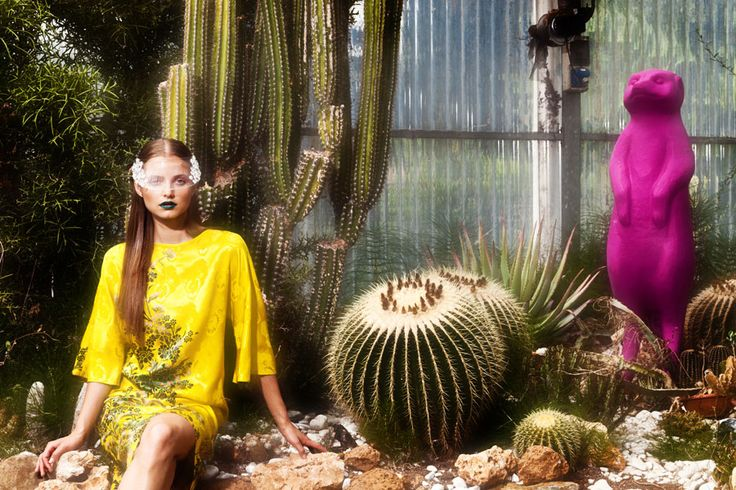 © Luisa Via Roma, Photography: Gautier Pellegrin, Styling: Valentina G.Ottobri, Make-up: Alessandra Poli, Hair: Celestino Guazzini