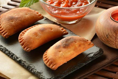 Como hacer empanadas de atún - Powered by @ultimaterecipe