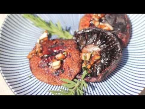 Грибы Портобелло на гриле: видео-рецепт - YouTube