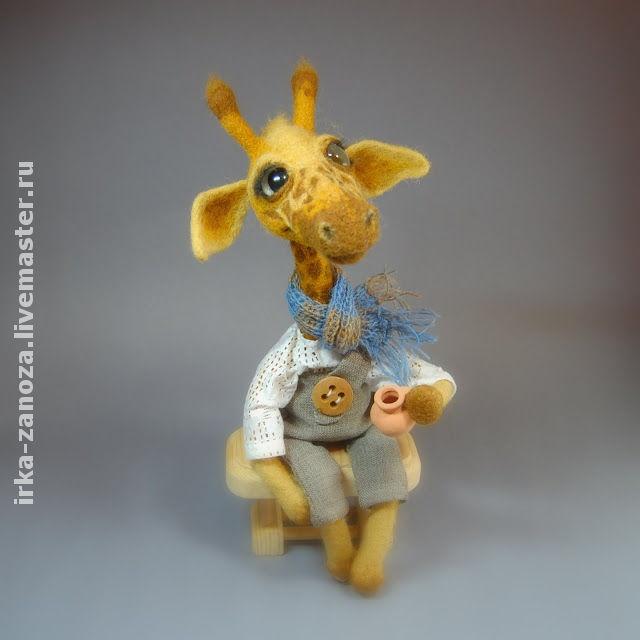 Игрушки животные, ручной работы. Ярмарка Мастеров - ручная работа Авторская игрушка из шерсти - жирафик Кили. Handmade.