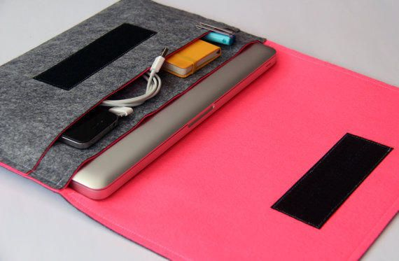 """15"""" inch Apple Macbook Pro laptop Organizer Case Cover - Gray & Hot Pink - Weird.Old.Snail"""