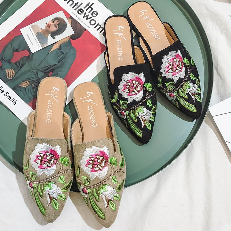 High Quality Embroider Flat Heel Slip Resistance Slippers Spring Summer Pointed Toe Rose Flowers Flats Shoes