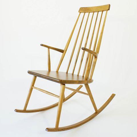 Gungstol / Rocking chair  Ferd. Lundqvist & Co  Göteborg  Såld/Sold  #rockingchair #ferdinandlundqvist #gungstol #retro #göteborg #midcenturymodern #design #möbler #vintage #furniture #mobler #møbler