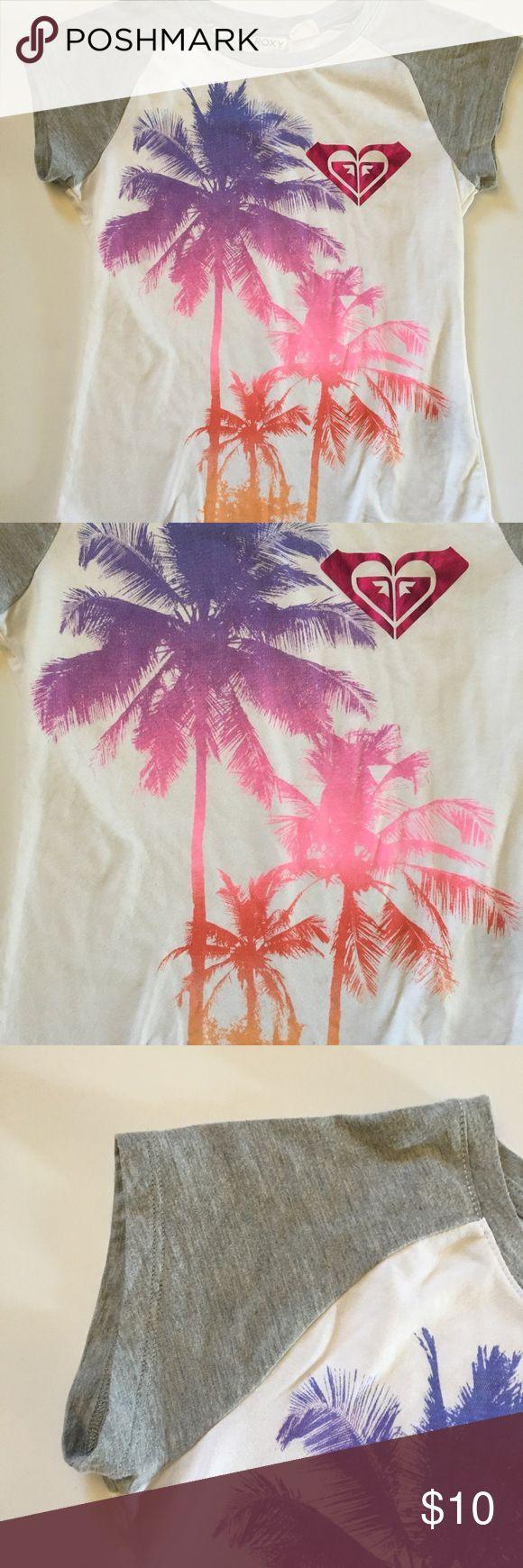 Roxy Tee Roxy Tee.  Short sleeves.  Palm trees and Roxy logo on front. Size 12/14 (M). Roxy Shirts & Tops Tees - Short Sleeve
