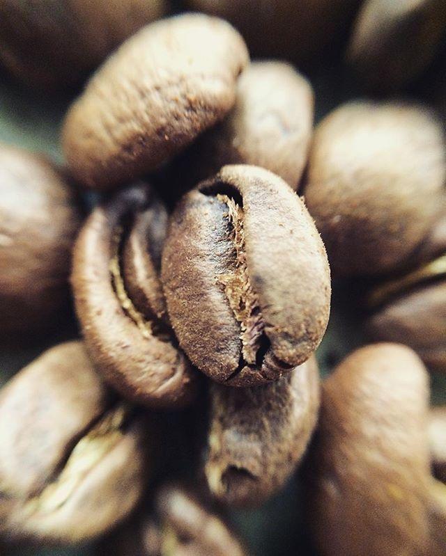 ☕️☕️☕️☕️☕️☕️☕️☕️☕️☕️ #ouvercoffee #ouvercoffeestation #ouverstand #dripstation #dripitlikeitshot #coffeeart #brewbar #brew #dripcoffee #coffee #singleorigin #germany #shareit #likeit #roaster #handcrafted #kalita #pourover #hario #chemex #aeropress #v60 #coffeelove  #carpenter #kaffee #pouroverstand #pouroverstation #dripper