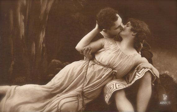 Greco Roman Passion, Ancient Revival Romantic Couple Kiss Eternal Love Classical Elegance Beauty Original Rare 1910s French Photo Postcard
