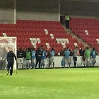 Non-League Heroes: Braintree Town Players Stay Behind After Full-Time To Shake Hands With All 30 Away Fans - http://www.thelivefeeds.com/non-league-heroes-braintree-town-players-stay-behind-after-full-time-to-shake-hands-with-all-30-away-fans/