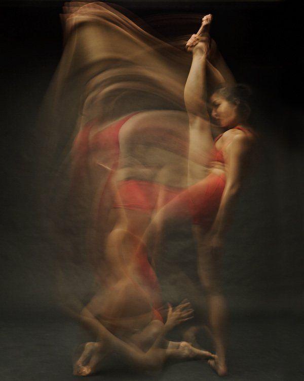 Long exposure of Dancers - Bill Wadman