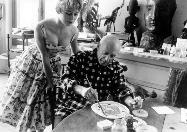 Bridgette Bardot visits Pablo Picasso's studio. 1956.