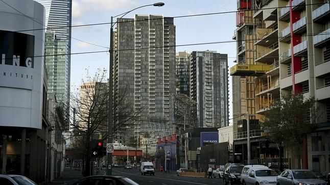 Landlords hit by glut of apartments