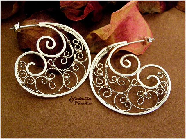 Swirls- filigree earrings