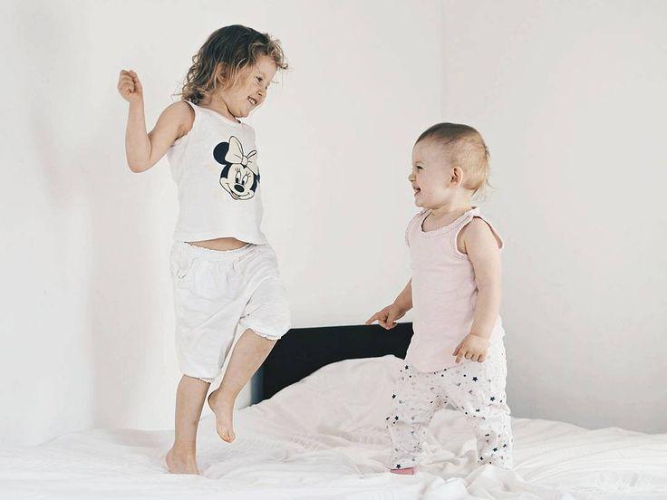 Dzień dobry w sobotę !  #rodzicewsieci #bloggers #family #parentingblogger #parenting #ig_kids #instagramkids #thechildrenoftheworld #cutekids #cutebebe #baby #ig_motherhood #instadaily #motherhood #love #douthers #sisters #siostry #sisterhood #jestembojestes #kids #vscoprofile #vscolife #vscolike #vscophoto #familygoals #justbaby #morning #daddysgirls