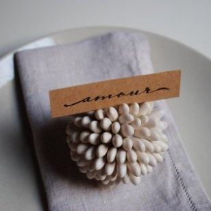 Ces marques places si charmants sont tout simplement réalisés avec des matériaux naturels. Dans les p'tites boutiques Marie Claire Idées .com
