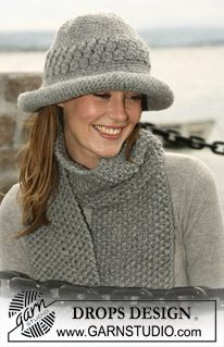 """A set of: Crocheted DROPS hat and moss-knitted scarf in """"Eskimo"""". ~ DROPS Design"""