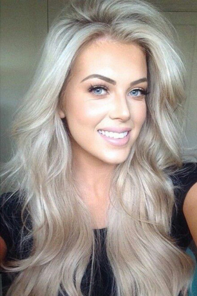 die 25 besten ideen zu frisuren graue haare auf pinterest graue haarfarben haarfarbe grau. Black Bedroom Furniture Sets. Home Design Ideas
