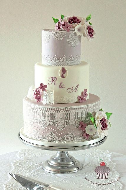 Wedding Cake with Pavoni Magic Lace | Flickr - Photo Sharing!
