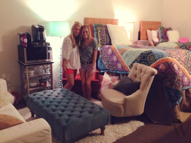 Coolest college dorm room ever future me pinterest for Best college dorms in the us