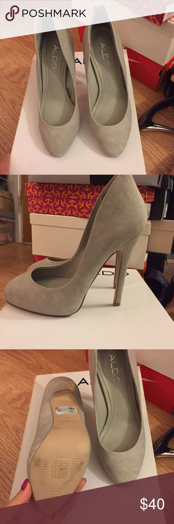 NEW Aldo heels This is a new with box Aldo heels in size 5. Only tried on. Aldo Shoes Heels