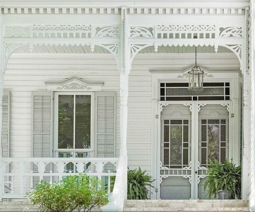 A White Gingerbread Victorian 832 Belvin, San Marcos, TX / 19th century Eastlake architectural style | hookedonhouses.net