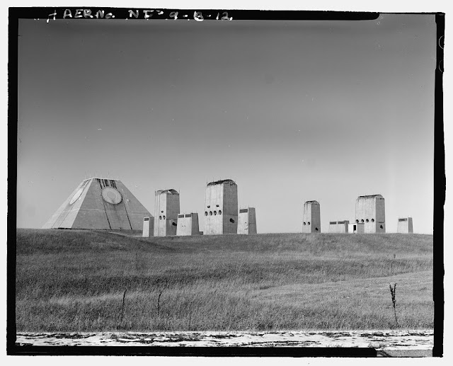 An American pyramid : abandoned US anti-ballistic missile system, Stanley R. Mickelsen Safeguard complex in Nekoma, North Dakota, USA. From: http://www.artificialowl.net