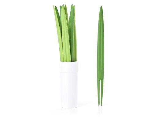 Palillos para aperitivo con forma de hierba de Kikkerland en @2150idees