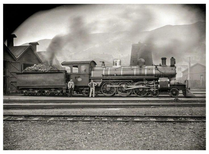 NZR New Zealand Railways circa 1909. Class A locomotive, NZR No. 419, Petone. Image ebay