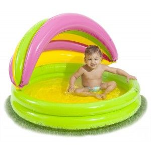 Mini piscina bebé con techo en http://www.tuverano.com/piscinas-infantiles-hinchables/78-mini-piscina-bebe-parasol.html
