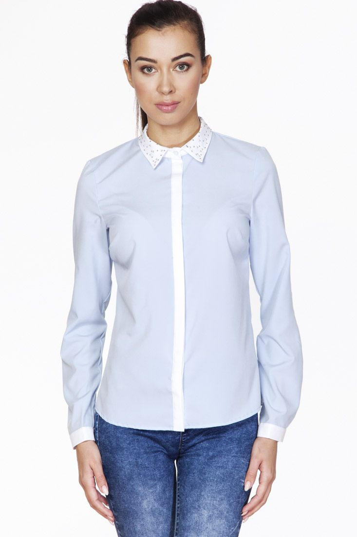 Błękit koszula z plisą i zdobionym kołnierzem