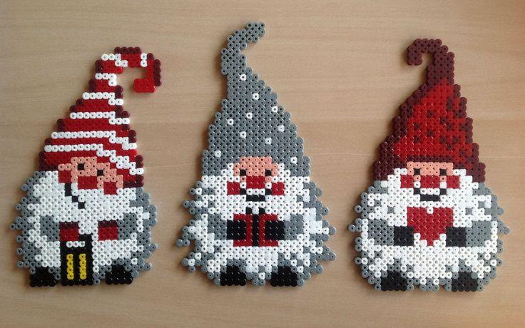 Christmas gnomes hama beads by Majken Skjølstrup                                                                                                                                                      Mehr