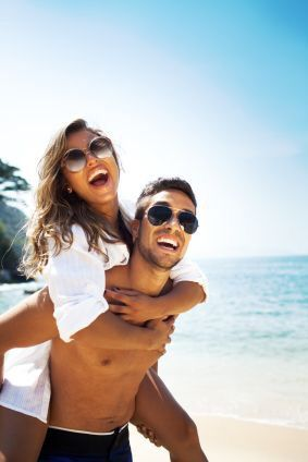 25 best ideas about couple beach photos on pinterest for Best beach vacations in us for couples