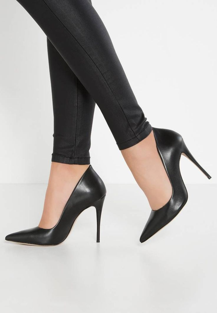 """ALDO. CASSEDY - High heels - black . Pattern:plain. Sole:synthetics. heel height:4.0 """" (Size 4). Shoe tip:pointed. Padding type:Cold padding. Heel type:stiletto. Lining:imitation leather/ textile. shoe fastener:slip on. upper material..."""