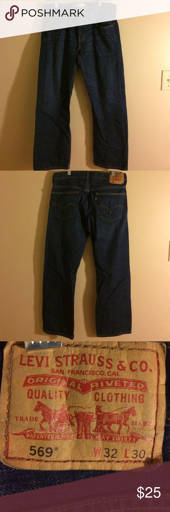 Levi's 569 jeans 32x30 Dark wash Levi's 569 loose fit straight leg. EUC smoke free home. Bundle to save more. Levi's Jeans Straight