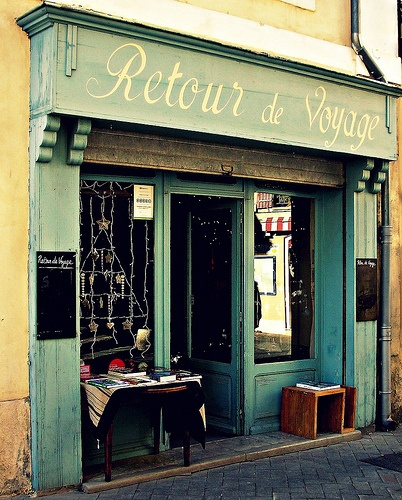 17 best images about french store fronts on pinterest for Boutique decoration
