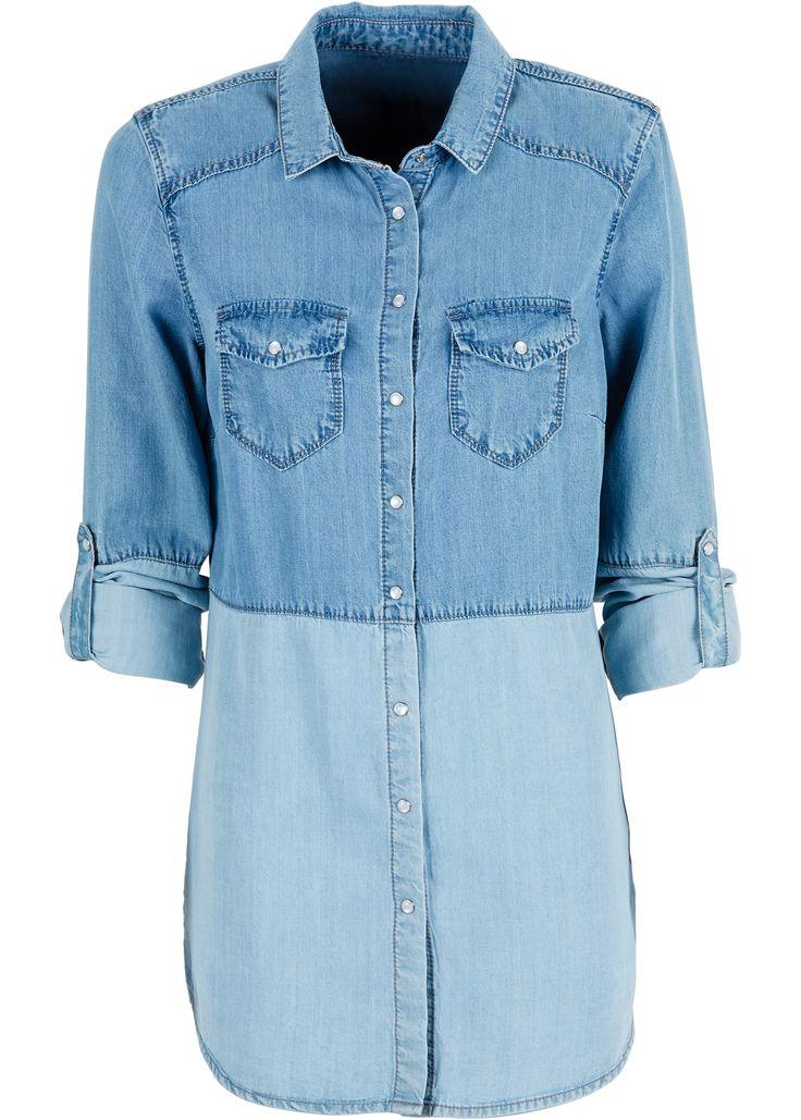 Bekijk nu:Casual jeansblouse van het merk RAINBOW in twee contrastkleuren met coole borstzakjes en oprolbare mouwen.