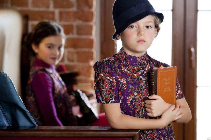 Mevsim ne olursa olsun elbiseler kızların gardrobunun vazgeçilmezidir.   http://www.lialea.com/asp/product/76/Etegi-Piliseli-Yarim-Kollu-Elbise  http://www.lialea.com/asp/product/87/Cicek-Desenli-Piliseli-Elbise