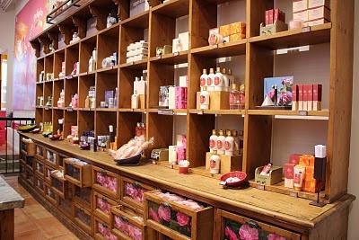 L'OCCITANE Store