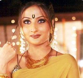 "TV's popular villain Urvashi Dholakia, who is majorly known for her wreaking havoc with dramatics in the protagonists's life, will be seen repeating the mean act in a rather funny way for her comeback in 'Badi Dooooor Se Aaye Hai'. As her latest endeavour, she will be shown playing Sumeet Raghvan's mother-in-law avataring as an alien. ""The first question that...  Read More"
