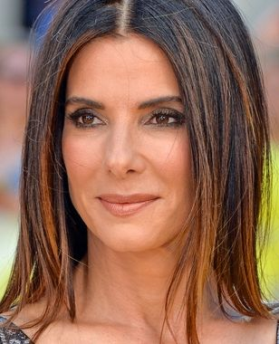 Sandra Bullock will lead an all-female Ocean's Eleven reboot. From @EntertainmentWeekly.