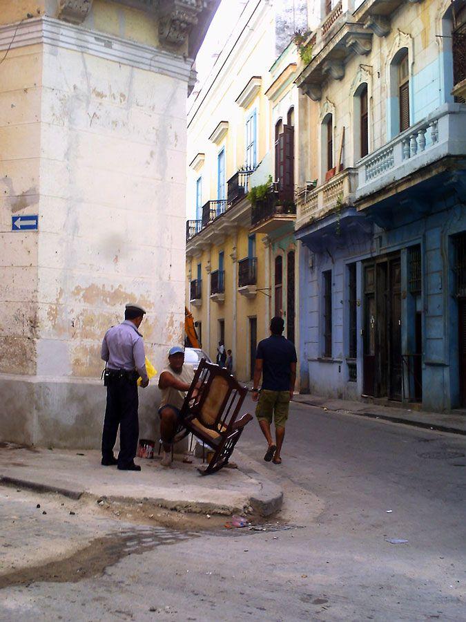 Aquí no (Votar por esta obra en http://observarte.net)