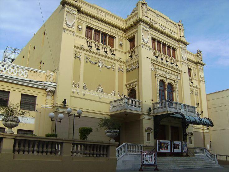 Teatro Vera, Ciudad #Corrientes   Más info en www.facebook.com/viajaportupais #ArgentinaEsTuMundo #Arquitectura #Architecture #Travel #Viajes #Argentina