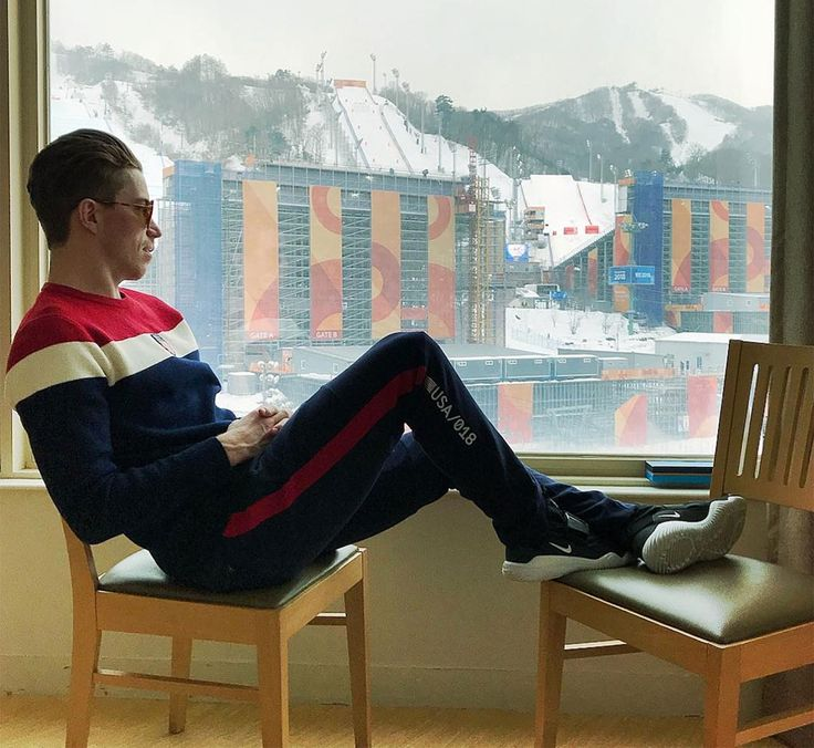 See Olympic Snowboarder Shaun White Enjoy a 'Day Off' in PyeongChang Ahead of Halfpipe Semi-Finals