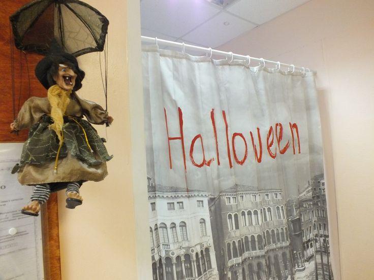 Чародеи (клуб Поколение успешных) сегодня отпраздновали страшшшный Хэллоуин. Оказывается, ребят трудно чем-либо удивить, а напугать тем более.
