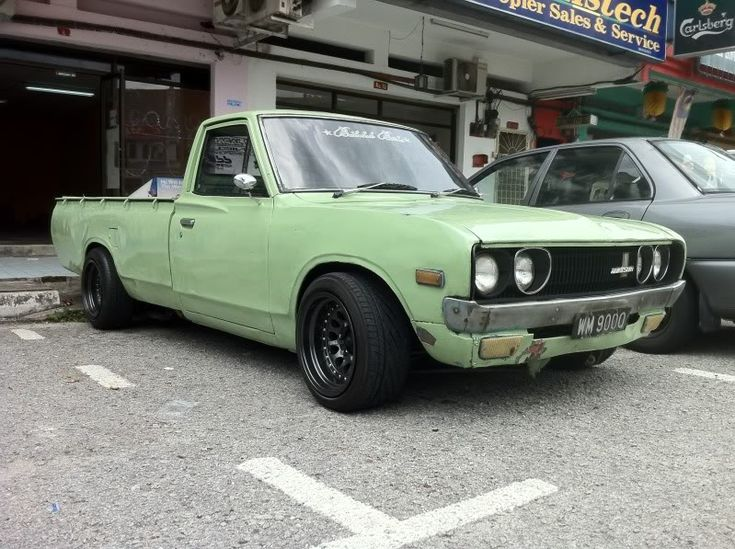 299 best images about DatSun on Pinterest  Bluebirds Cars and