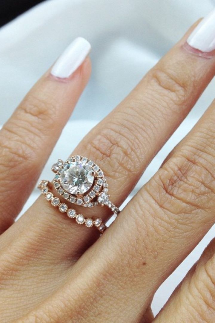 18 Rose Gold Engagement Rings Worn by Real Girls