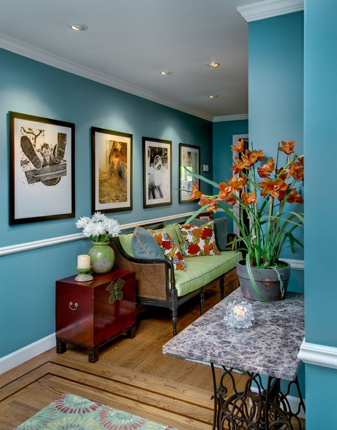 blue: Viscusi Elson, Glen Resident, Wall Photo, Color Blue, Blue Wall, Wall Color, Living Room, Bold Color, Elson Interiors