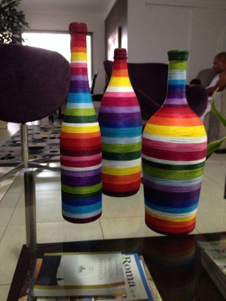 Aparador Verde Esmeralda ~ 25+ melhores ideias sobre Garrafas Pintadas no Pinterest Pintura em garrafas, Garrafas de