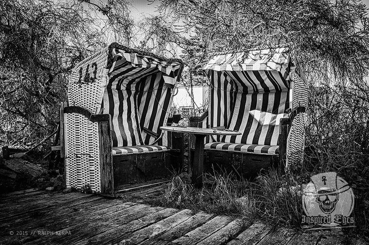 Maritim // #Strandkorb #SH #Hohwacht #Ostsee #schleswigHolstein #Fotografie #Photography #schwarzweiss #blackandwhitephotography #blackandwhite / gepinnt von www.KERPA.com